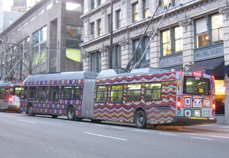 knit-bus2