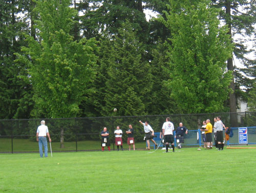 BC Highland Games 2011 - Men's Braemar Stone Toss