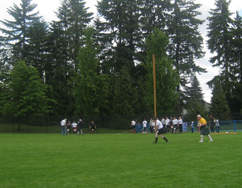 BC Highland Games 2011 - Women's Caber Toss