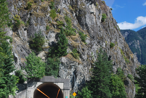 Driving through (approximately) Hell's Gate in the Fraser Canyon