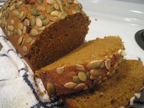 Starbucks-style pumpkin spice loaf